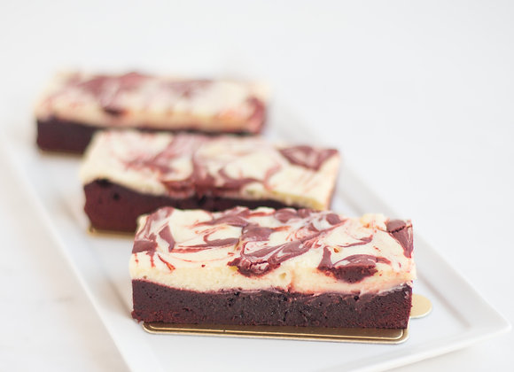 Red velvet creamcheese brownie 8/12