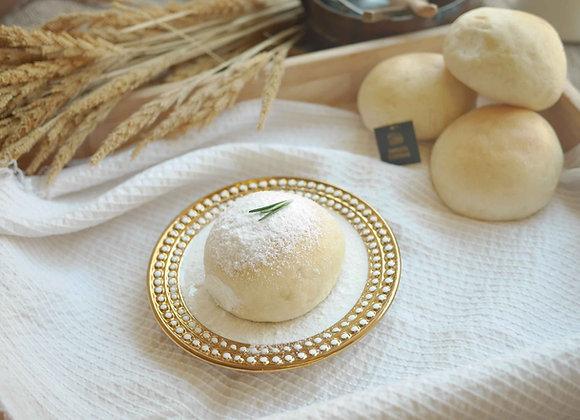 Little cream bun 28/3