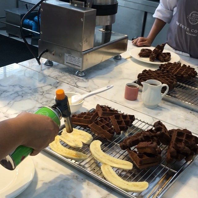 โรงเรียนสอนทำขนม คอร์สสอนทำขนม สอน ทำ ขนม