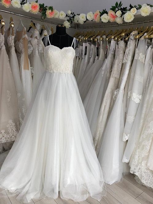 Wedding dress, size 14-16