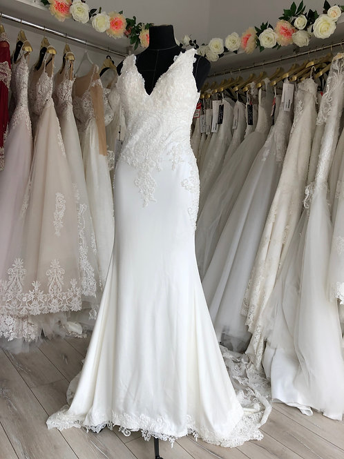 Wedding dress (code 7089) , size10