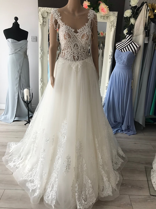 Style 7068 size12