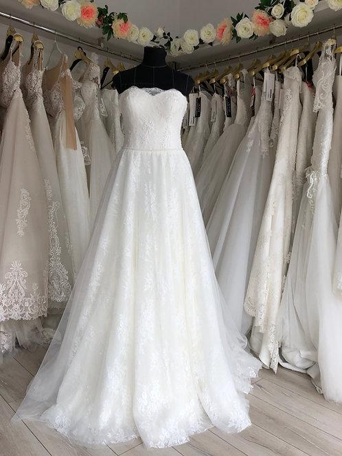 Wedding dress (code 171), size 10