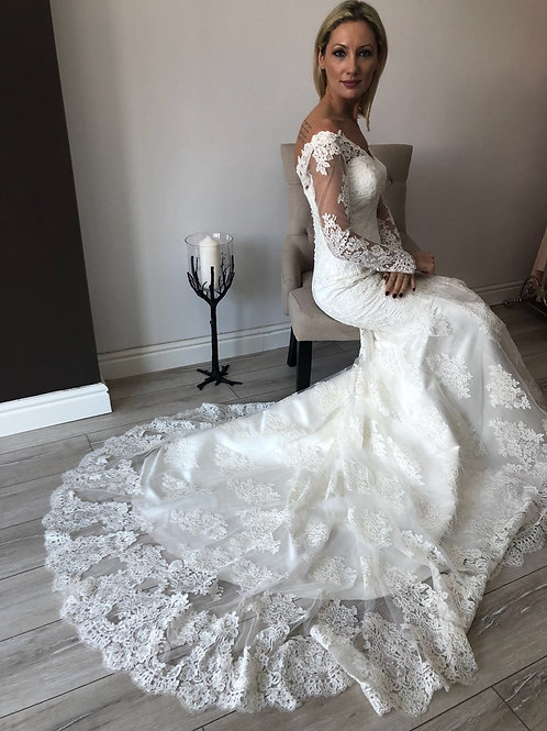 MERMAID Full Lace Wedding Dress, SIze 6-8