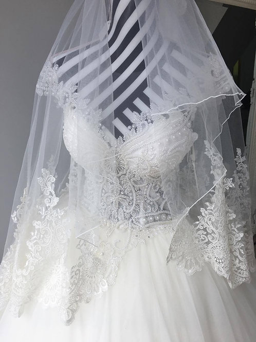 Veil with Lace Back