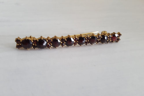 Vintage Brooch with wine coloured glass stones