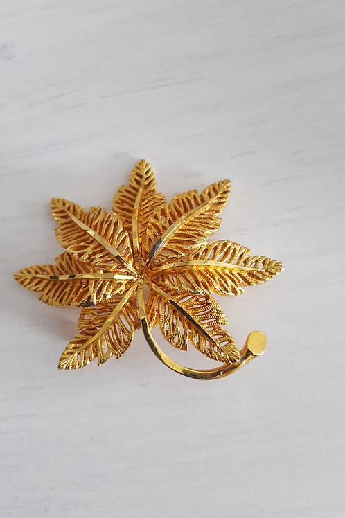 Vintage 7 Leaf Brooch