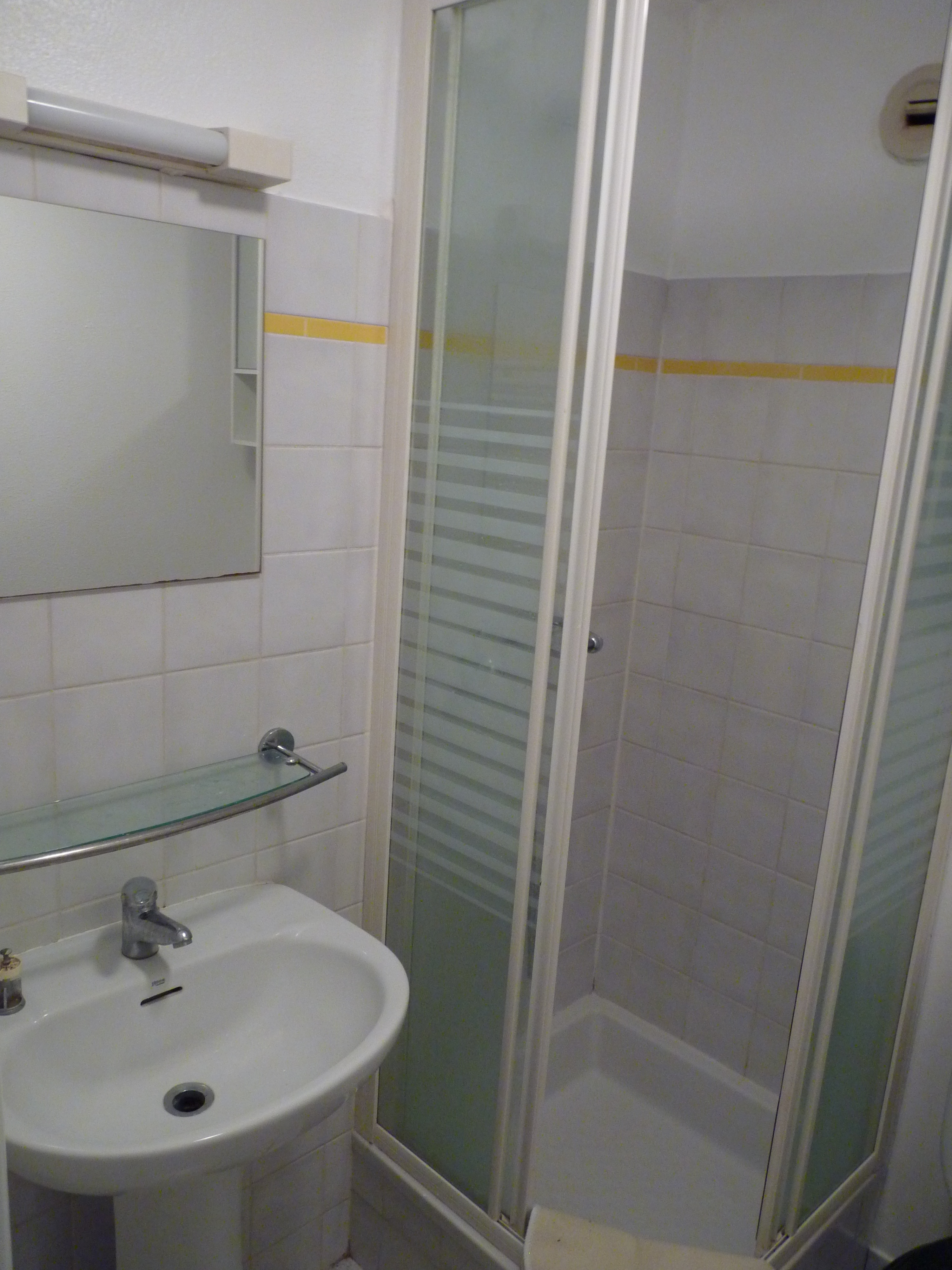 suite, salle de bain