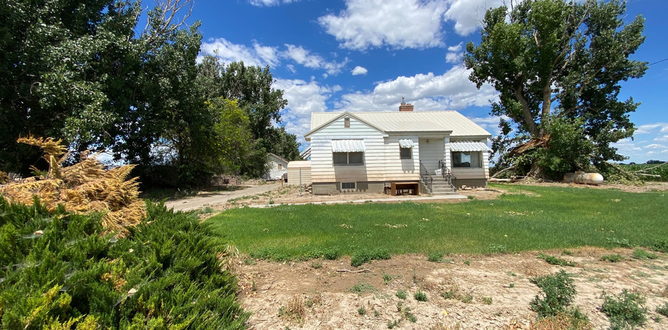$295,000  /  1,193 SQ FT  TRANQUIL LOCATION WITH 2 ACRES OF LAND SURROUNDING FARM LAND FOR PEACEFUL LIVING. OLDER HOME WITH GOOD BONES NEEDING SOME OVERDUE LOVE. GREAT OUTBUILDINGS AND LARGE SHOP. CALL TODAY TO SCHEDULE A PRIVATE SHOWING! 541.216.1844