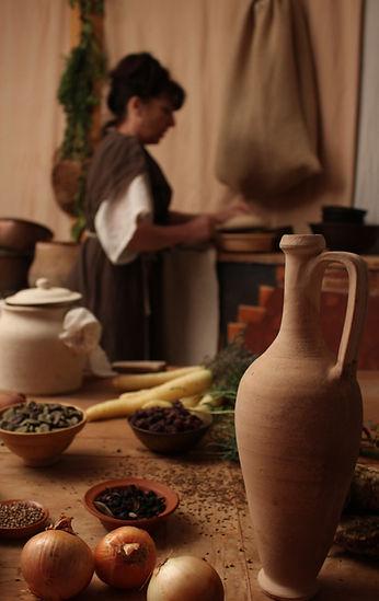 Mireille Chérubini Taberna Romana auteure du livre Latin de Cuisine
