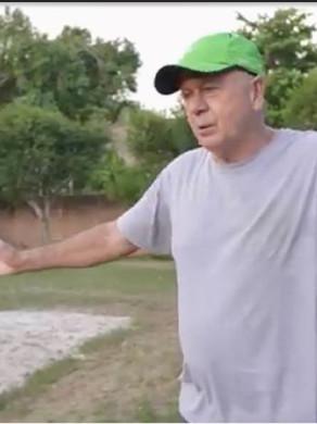 Em novo episódio no canal, Phil Rajzman joga vôlei e mostra relação com seu pai