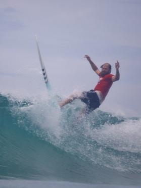 Phil Rajzman e grandes nomes do surf participam do Paúba Super Tubos