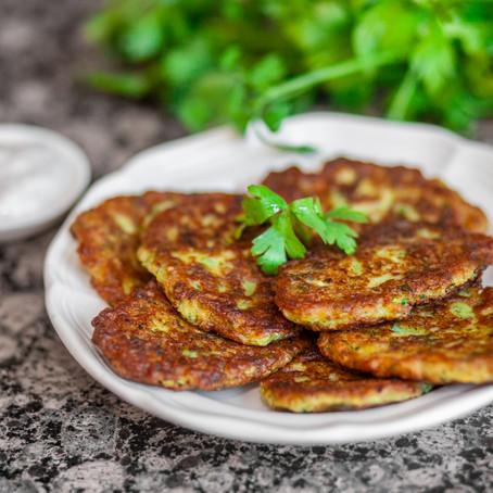 Kolokithokeftedes (Greek Zucchini Fritters)