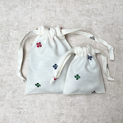 kit 2 smallbags en lin brodé - 2 tailles / 2 embroidered linen bags - 2 sizes