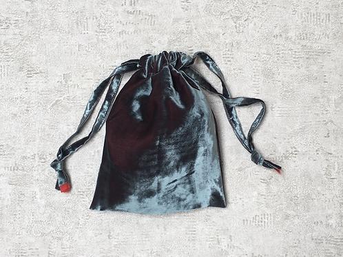 smallbags en velourslisse gris reflets rouges / grey relfecting red velvet bag