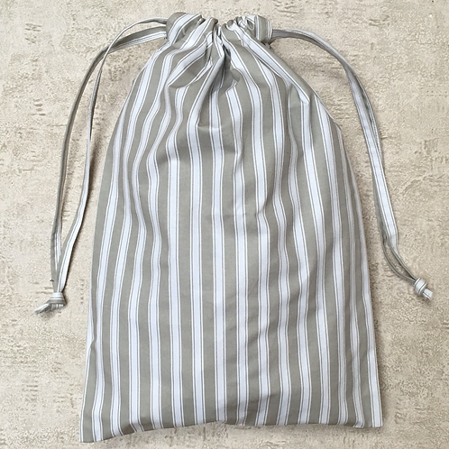sac à linge toile à matelas satinée / satin mattress cover laundry bag