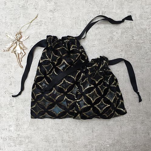 smallbags voile noir motifs relief doré et velours / black and gold veil bag