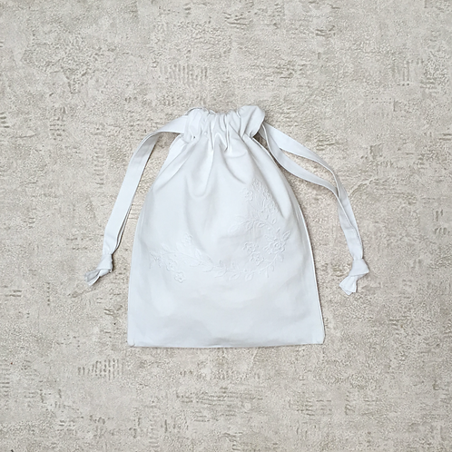 smallbag drap de coton brodé recyclé / recycled cotton sheet bag
