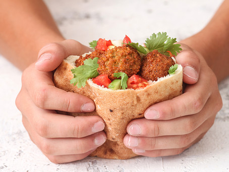 The Best Pita Bread Brands (Local & Online)