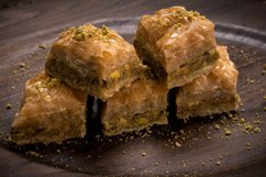 Shatila Baklava with Pistachios 28030 Pieces