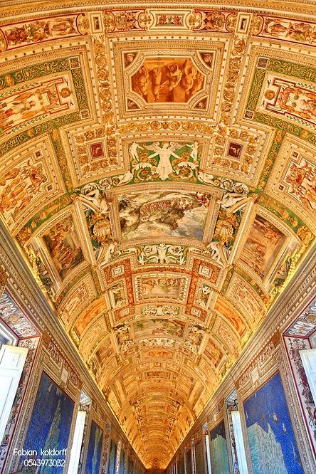 גלריית השטיחים פביאן קולדורף.jpeg