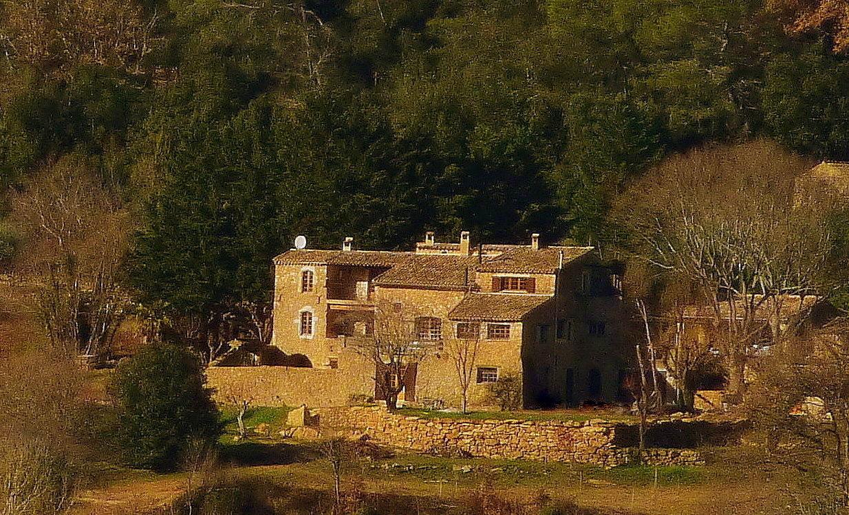 Sicht of das Landgut und alte Kloster