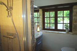 Badezimmer erster Stock