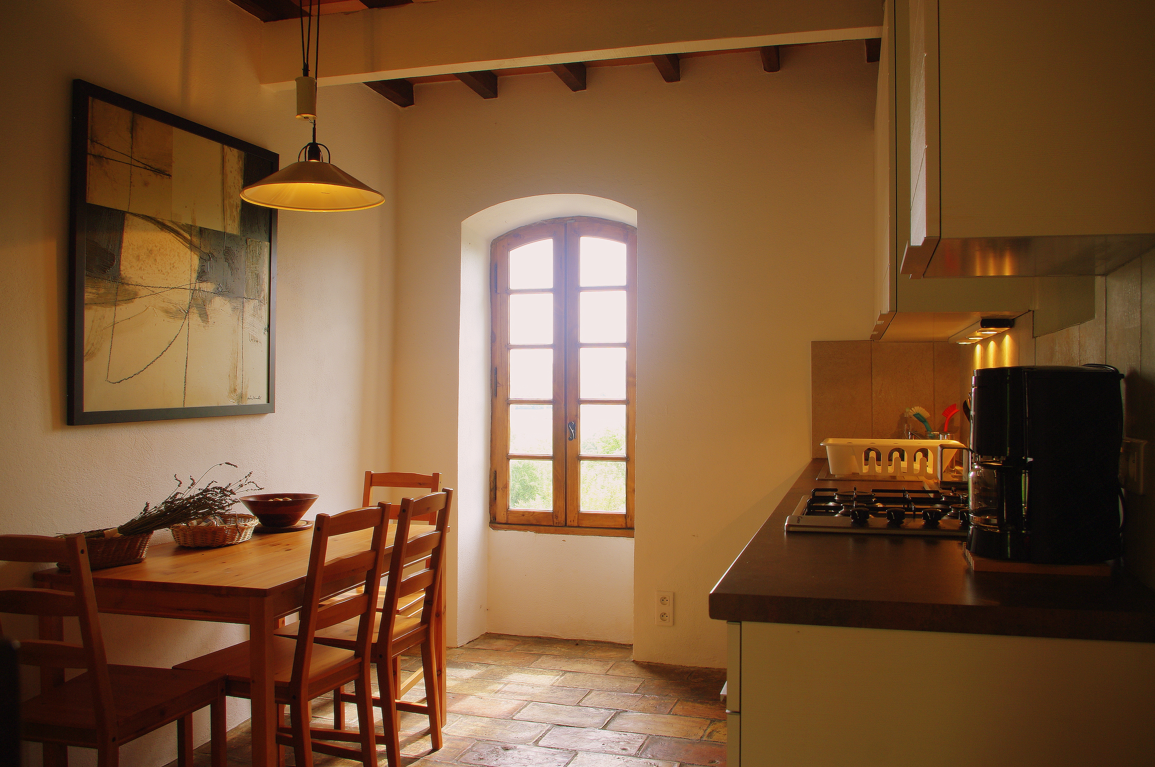 11m² old-style provencale kitchen