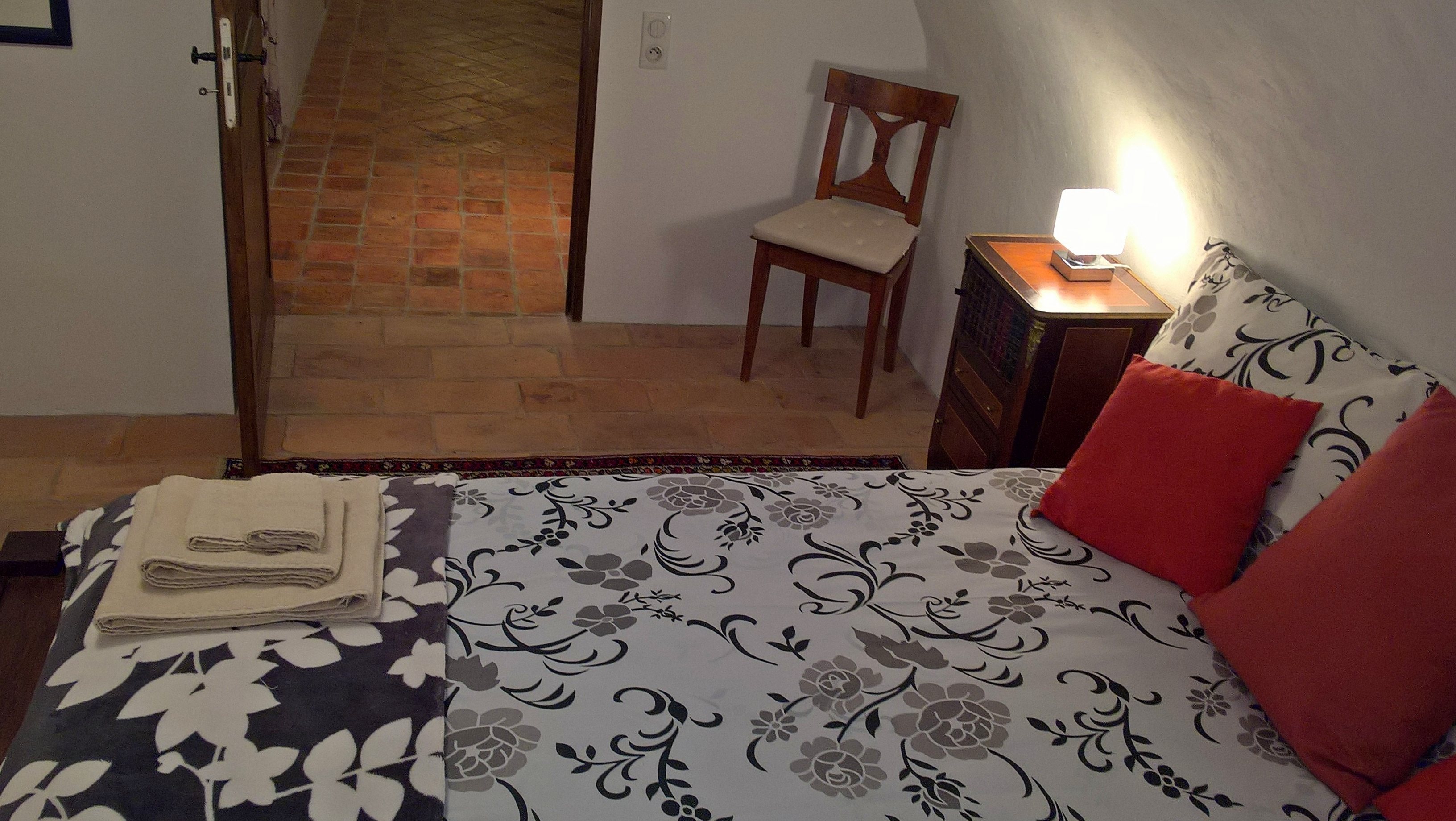 9m² mobility friendly room