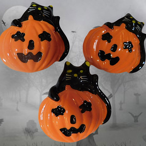 Jack O'Lantern Button Covers, 3 from c1960s
