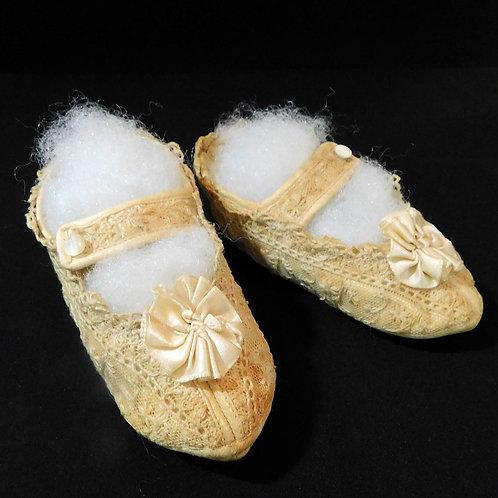 Tot's Needle Lace Shoes c1910