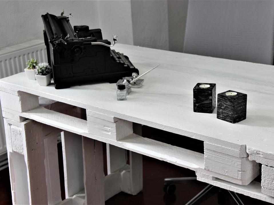BELAFKI escritorio