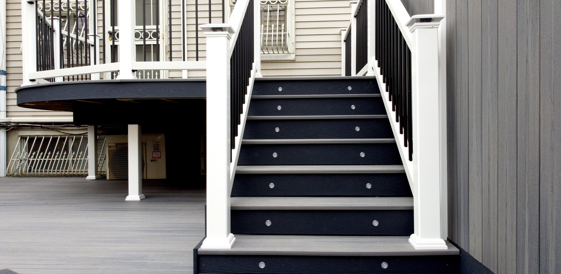 fort-greene-composite-deck-stairs.JPG