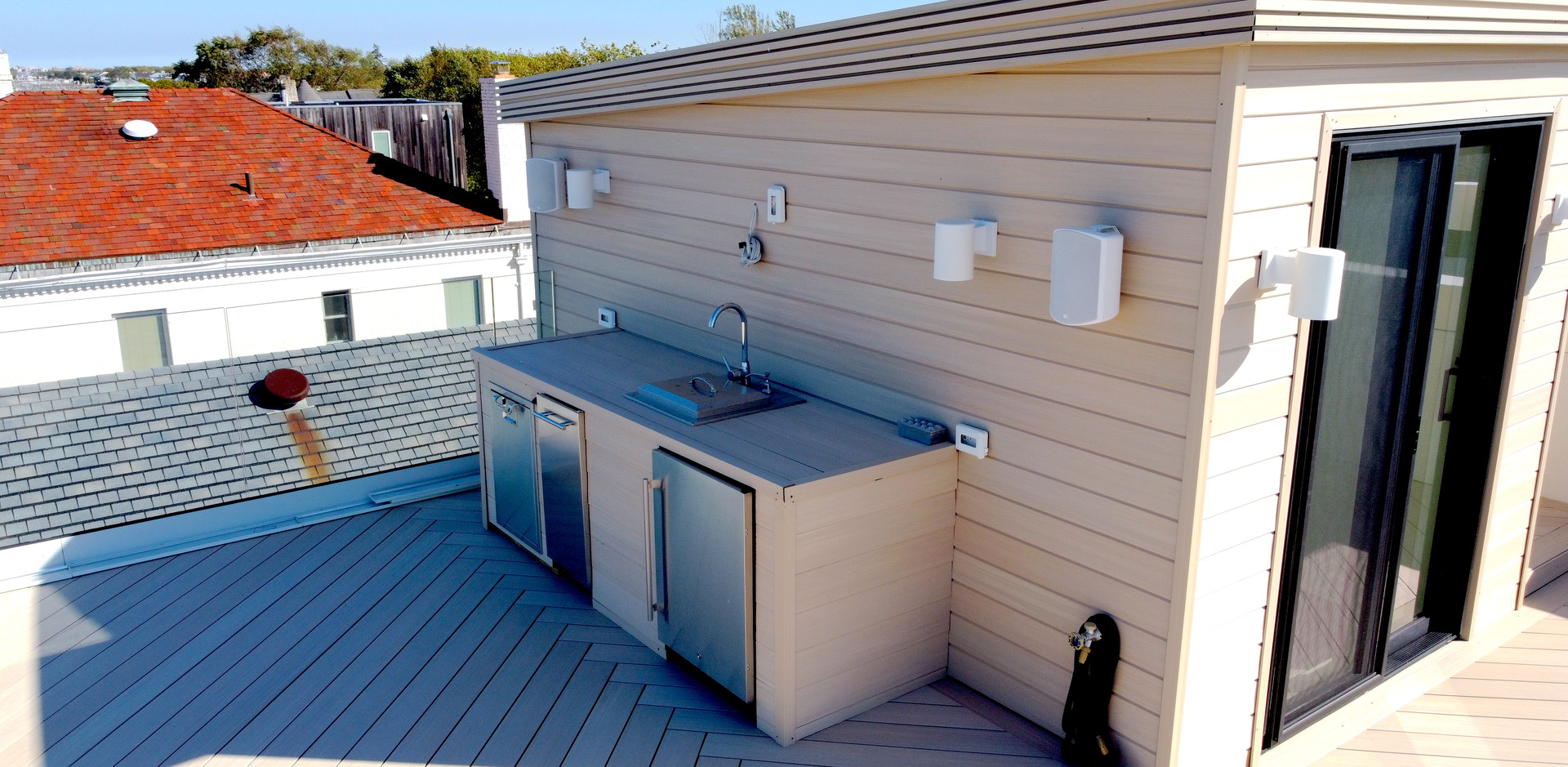 roof-deck-cooking-station.JPG