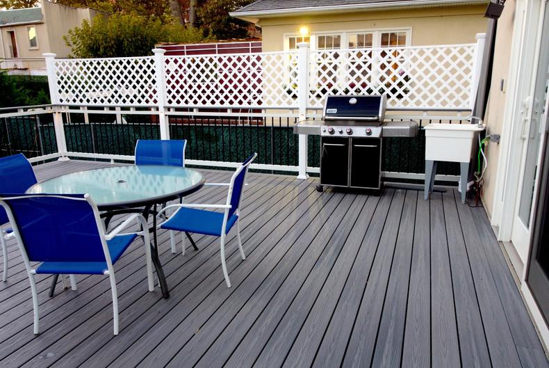 midwood-deck-privacy-wall.JPG