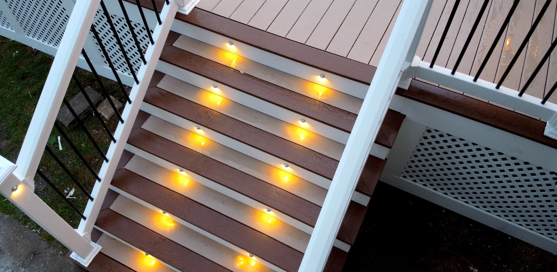 warm-white-recessed-deck-stair-lights.JP