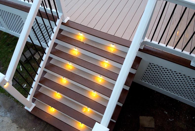 warm-white-recessed-deck-stair-lights.JP