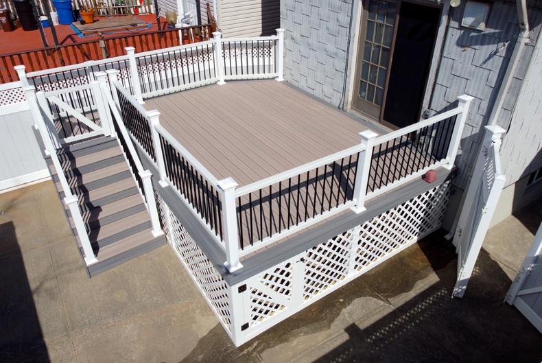 ozone-park-backyard-deck.JPG