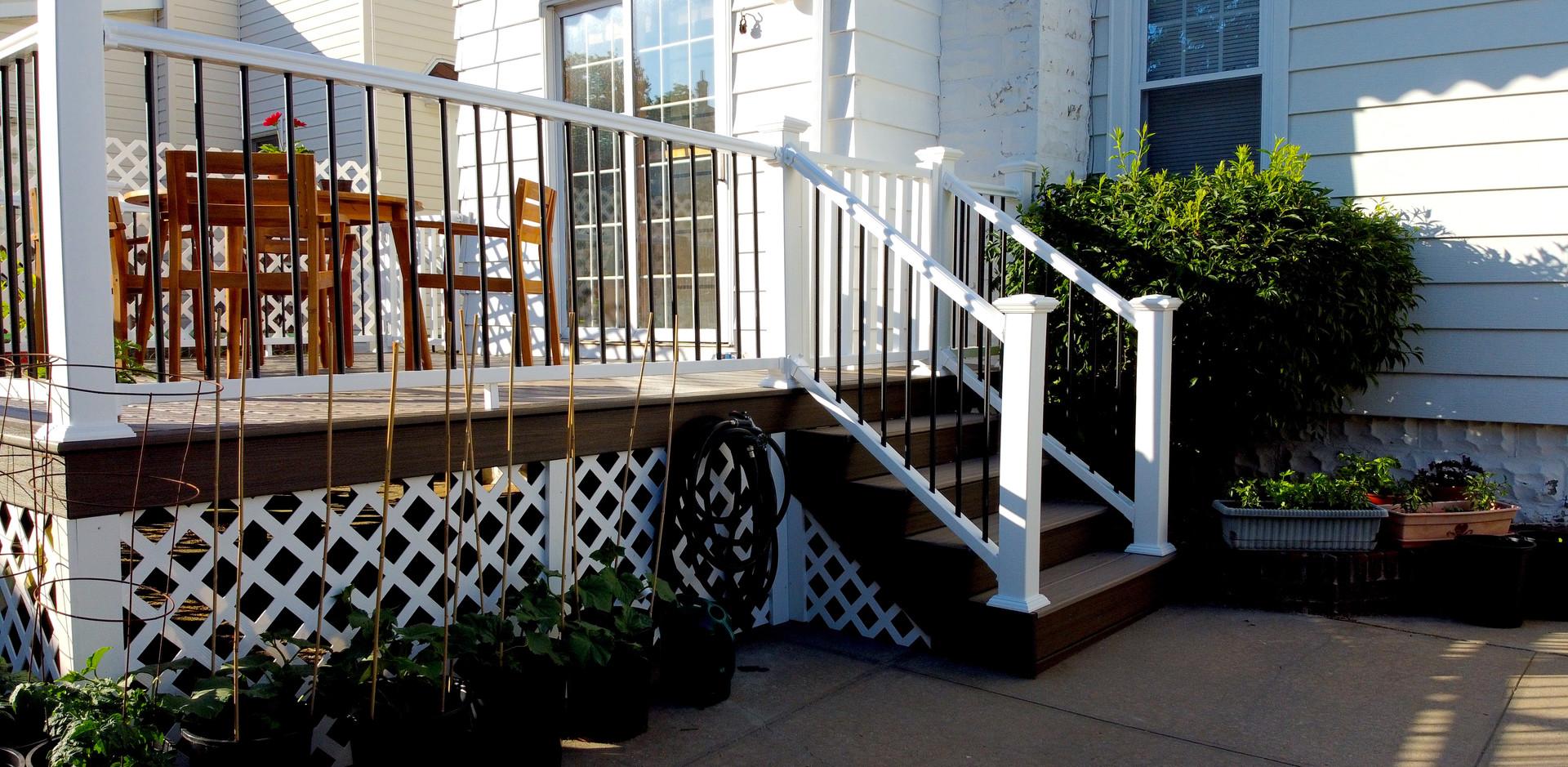 small-backyard-deck.JPG