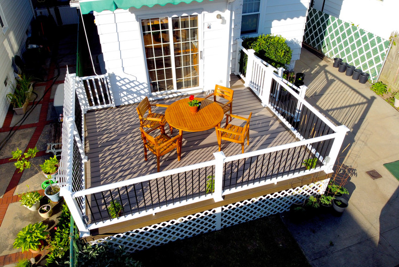 dinning area deck