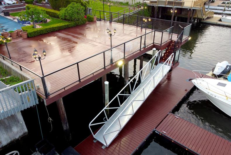 aluminum-water-deck-ramp.JPG