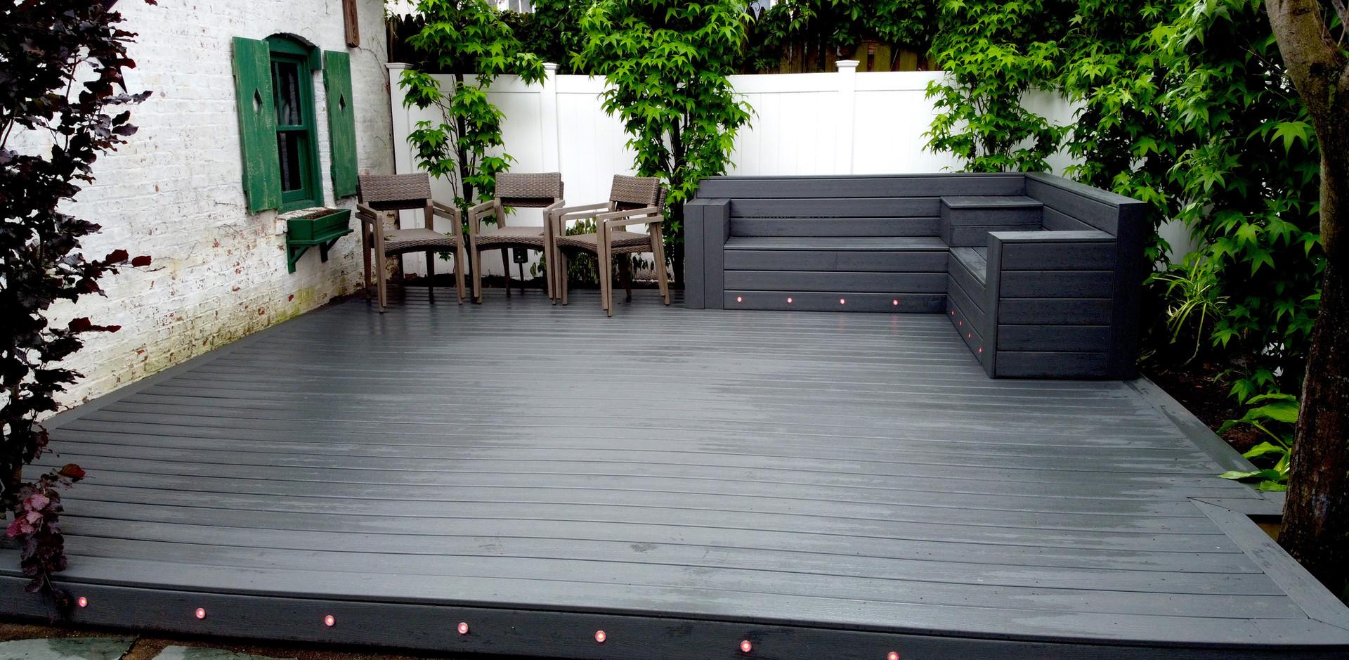 floating-deck-riser-lights.JPG