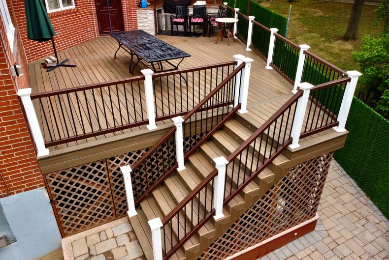 brown-composite-deck-lattice.jpg