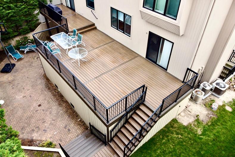 elevated-composite-deck.JPG