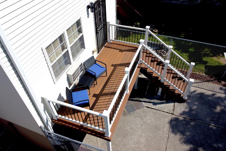 jamaica-rear-porch-side.JPG
