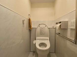 ホーロー便器・ホーローパネルでお手入れが簡単トイレに リフォームの施工事例 トイレ