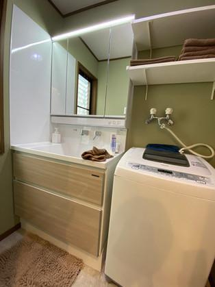 幅75㎝から90㎝へサイズアップで快適な洗面台になりました。|洗面化粧台