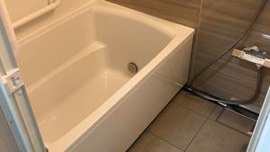 段差解消!手すり設置のバリアフリーリフォーム。 |浴室・バス