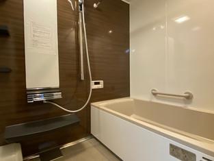 ホーローのお風呂で10センチ弱サイズアップ、暖かい浴室になりました リフォームの施工事例 浴室・バス