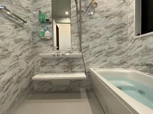 楽湯付きユニットバスにリフォームで、快適なバスルームへ リフォームの施工事例 浴室・バス
